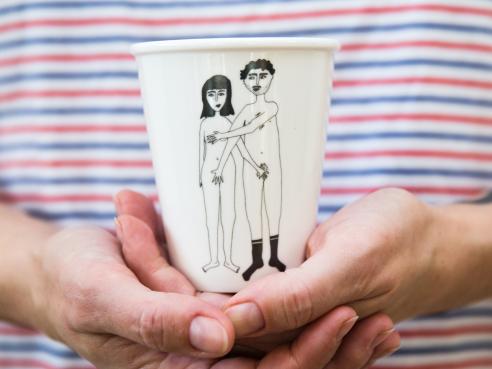 Porzellbecher - naked couple
